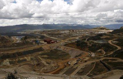 Al menos ocho muertos tras un derrumbe en una mina ilegal de oro en el norte de Perú