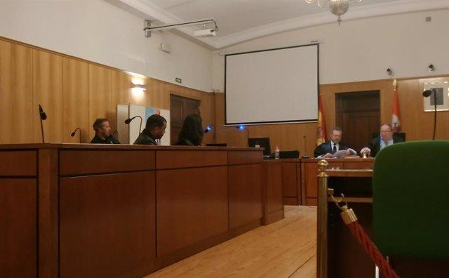 Trib.- Condenado a tres años el varón de origen dominicano detenido en Valladoli