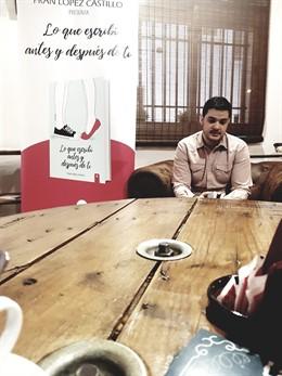 Almería.-Fran López Castillo vende más de 2.000 ejemplares en un año de sus dos