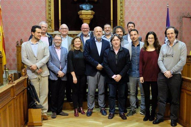 """El ple del Consell d'aprova el Pla d'Equipaments Comercials per """"fomen"""