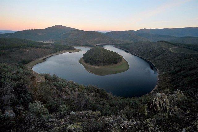 Turismo.- La Diputación de Cáceres muestra en China los recursos naturales y pat