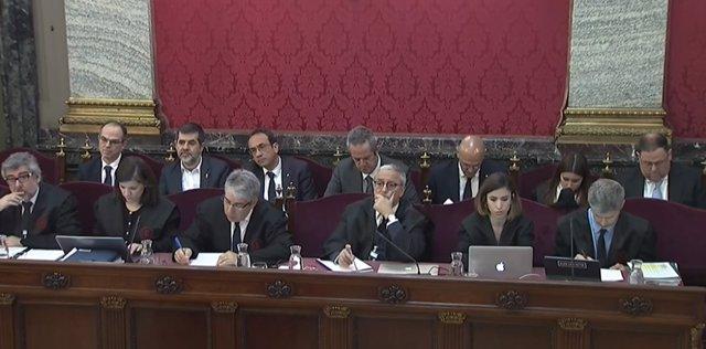 Procés.- Observadors internacionals i mossos ferits en un escorcoll declaren aqu