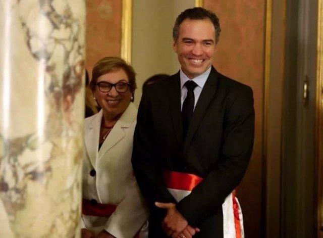 El actor Salvador del Solar sería el nuevo primer ministro de Perú, según fuente