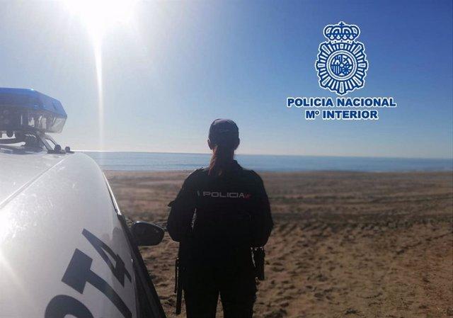 """Policia Nacional Nota De Prensa Y Foto """"La Policía Nacional Detiene A Una Mujer"""