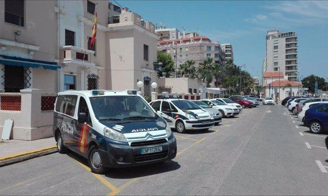 Coches de la Policía Nacional en Dénia (Alicante)