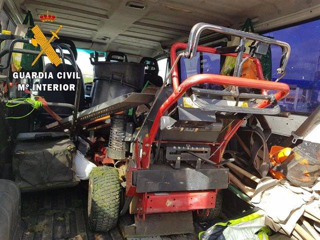 Sucesos.- Tres detenidos por apropiarse de maquinaria agrícola para su venta