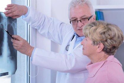 ASISA ensaya un programa para el control de pacientes crónicos mediante una app
