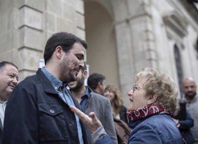 El coordinador federal de Izquierda Unida, Alberto Garzón, mantiene un encuentro