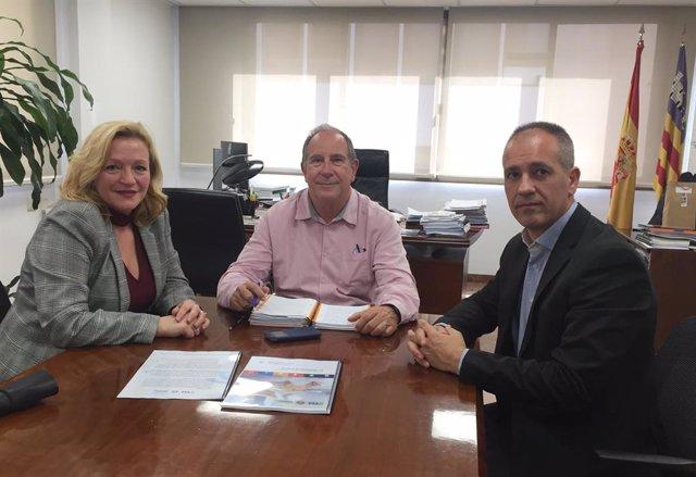 El director general d'IbSalut es reuneix amb la Fundació Teràpies Naturals para