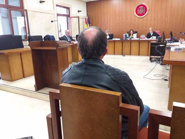 Jutgen un home acusat d'apropiar-se dels diners d'una expropiació que vaig deure