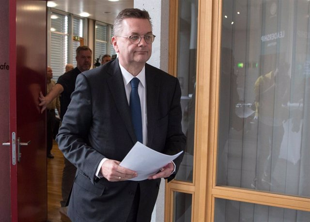 DFB President Grindel announces resignation in Frankfurt