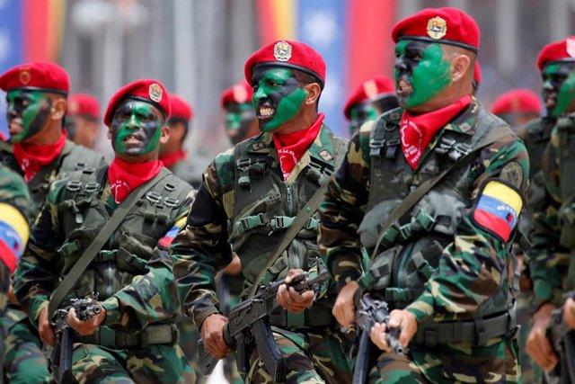 Venezuela.- Ya son cerca de un millar los militares venezolanos que han desertad