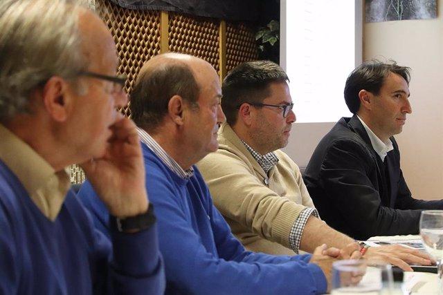 Sevilla.- Los propietarios del parque Carretera Amarilla aprueban 367.000 euros