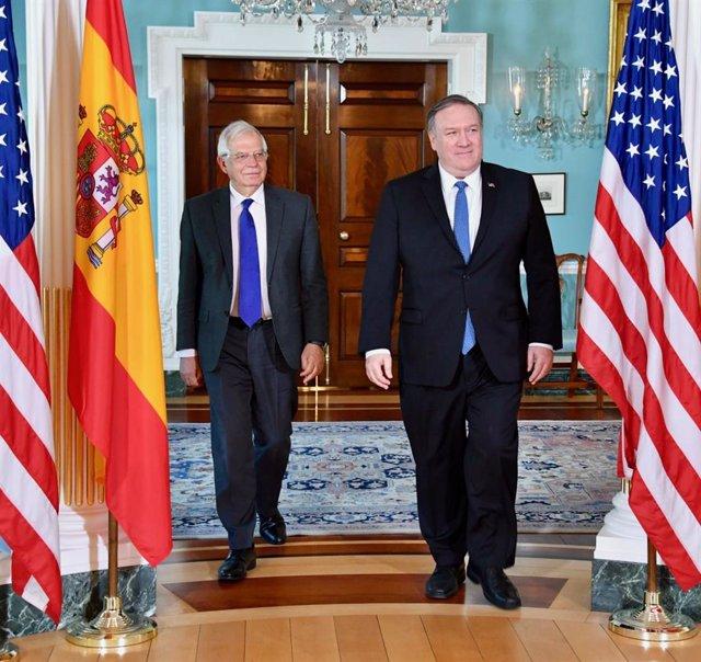 Borrell trata con Pompeo cuestiones sobre Venezuela y Cuba o la participación de
