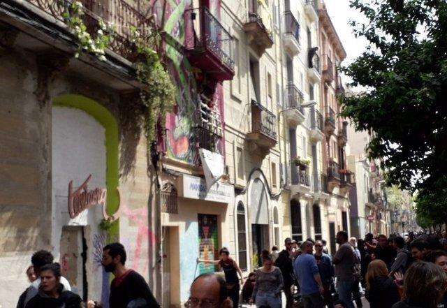 Suspenen el desallotjament de la finca ocupada per sollicitants d'asil Casa fr