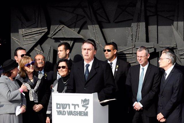 """Brasil.- Bolsonaro dice desde Israel que el nazismo, """"sin duda"""", es de izquierda"""