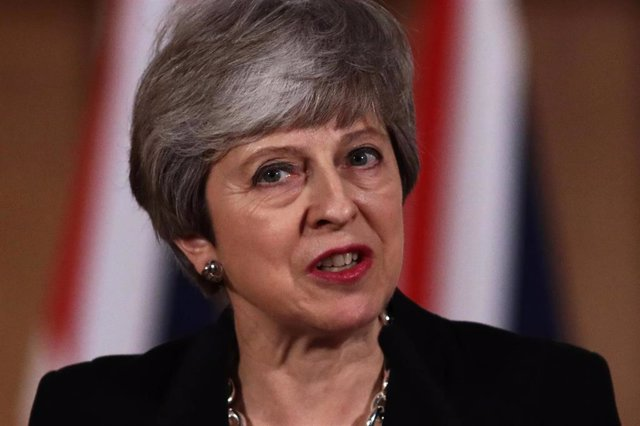 May asks for second Brexit extension