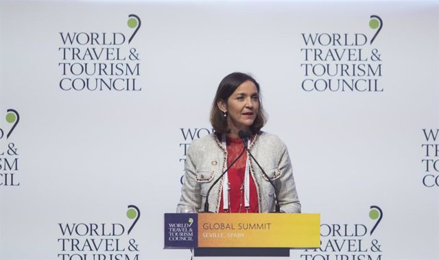 """Turismo.- Maroto insta a poner """"las luces largas"""" para abordar con """"éxito"""" los """""""