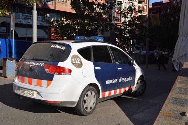 Successos.- Dos detinguts mentre robaven en un domicili de Figueres (Girona)