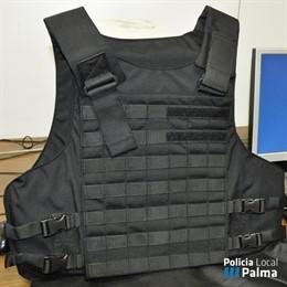 Cort adquireix 240 armilles antibala per a la Policia Local