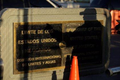 """Trump amenaza con cerrar la frontera con México si el Congreso no actúa ya para tapar los """"vacíos"""""""