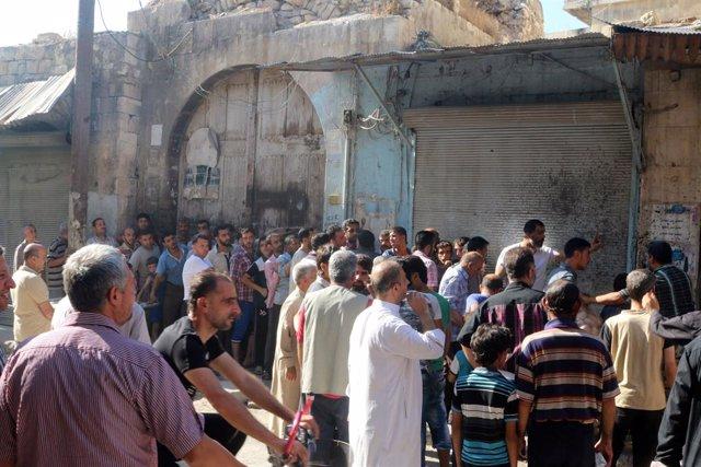 Población civil en Alepo