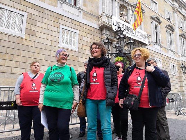 APE demanar a la Generalitat un conveni amb elctriques per solucionar les deut