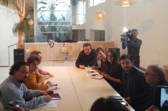 """VÍDEO: Podemos va a la reunión de Madrid en Pie, que habla de proceso """"paralelo"""