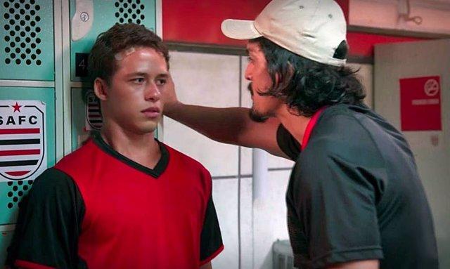 Una telenovela brasileña trata el abuso sexual en el fútbol juvenil