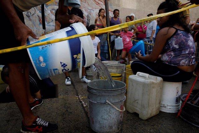 ¿Cómo introducirá la Cruz Roja la ayuda humanitaria en Venezuela?