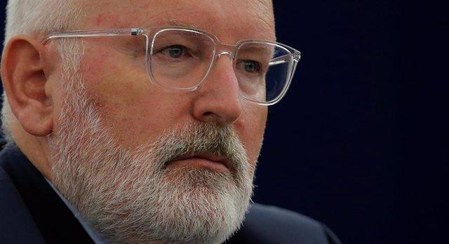 UE.- Bruselas pide reforzar medios para hacer cumplir el Estado de Derecho en to
