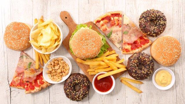 Comida basura, comida procesada