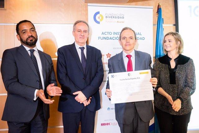 Empresas.- Roche Farma firma el Charter de Diversidad como muestra de su comprom