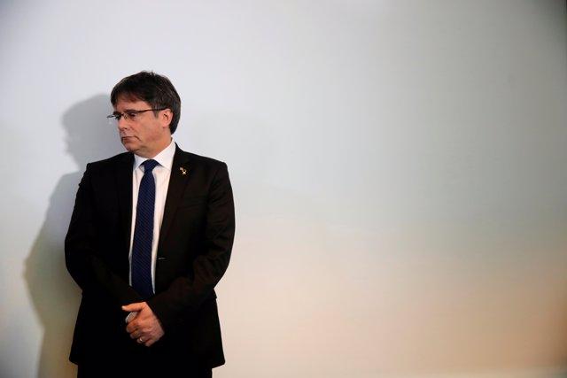Puigdemont avisó de que si'l 1-O había violencia, declararía la independencia, según Ferrán López
