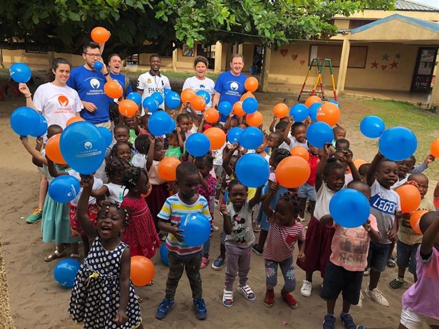 La Fundación Fernández-Vega envía expertos oftalmólogos a Guinea Ecuatorial para