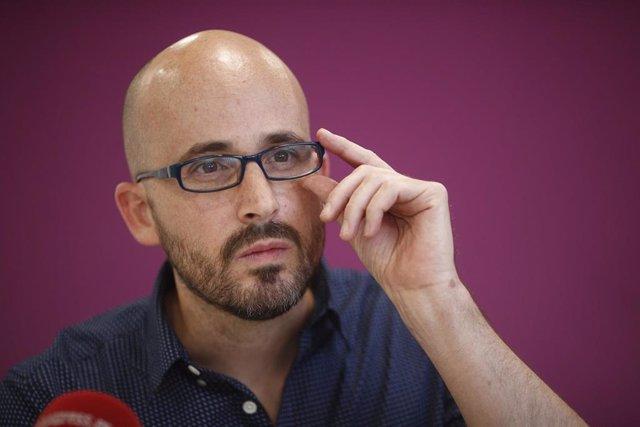 Retratos del secretario de Economía de Podemos, Nacho Álvarez