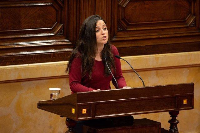 Es reprèn el ple en el Parlament de Catalunya