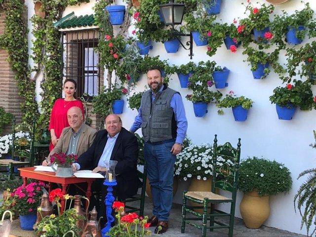 CórdobaÚnica.- Turismo.- Diputación y Amigos de Patios Cordobeses se unen para p
