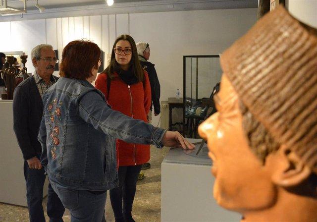 Obras de antiguos alumnos de la Escuela de Arte de Toledo componen la exposición