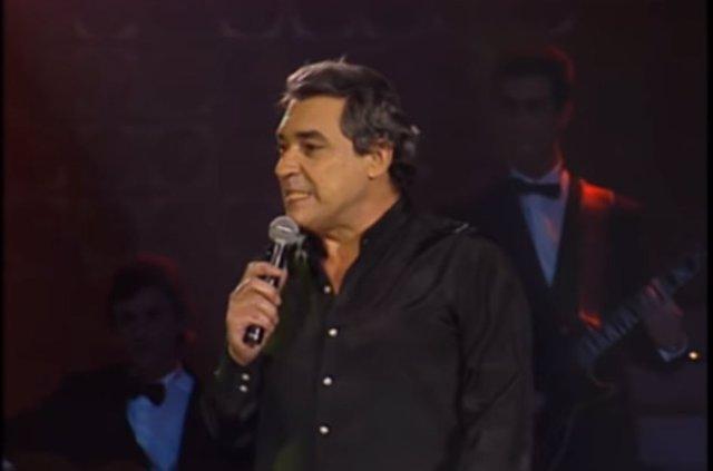 Fallece a los 79 años el cantautor argentino Alberto Cortez