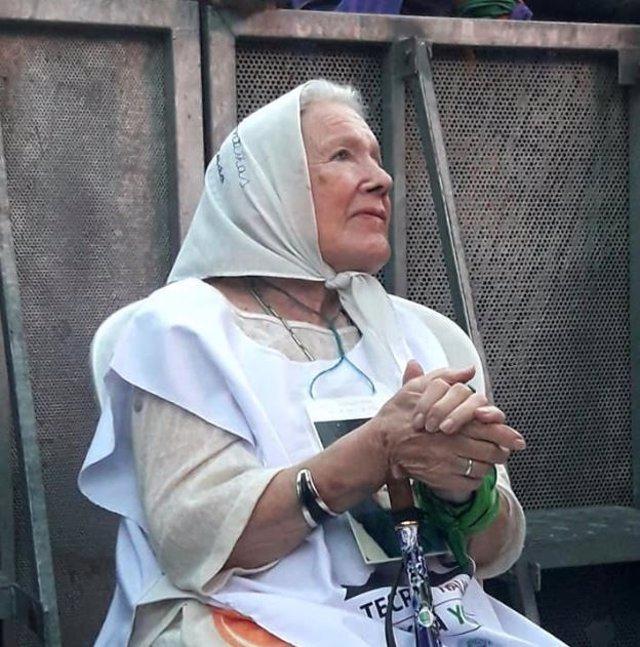 Argentina busca el bastón de la titular de las Madres de Plaza de Mayo