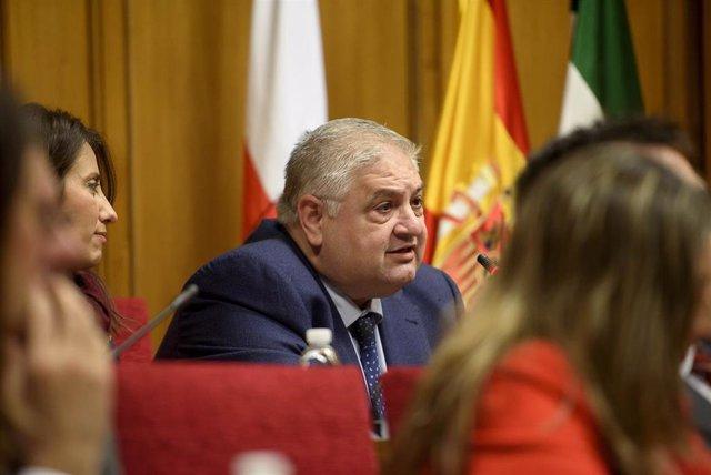 Manuel Alías ha renunciado a su cargo como diputado provincial de Hacienda.