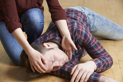OMS: Los hombres mueren más por suicidio, accidente de tráfico, sida y homicidio