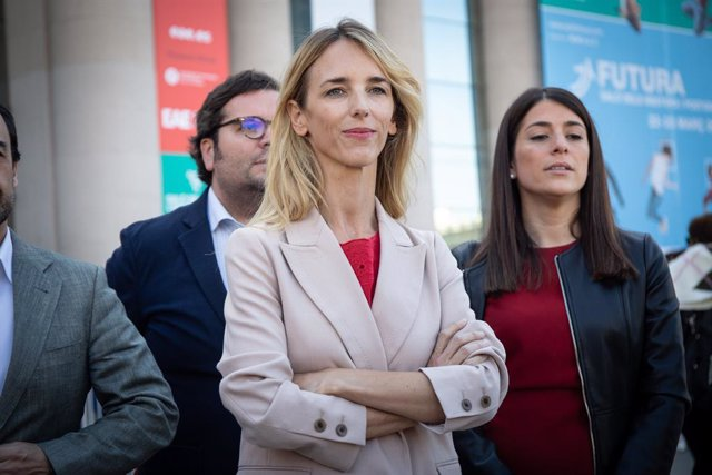 """28A.- Álvarez de Toledo (PP) rebutja debatre amb Sànchez perquè """"no hauria de se"""