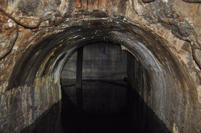 Descobreixen l'antic metre que havia de travessar el Raval de Barcelona al carre