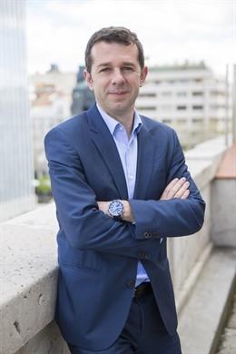 Juan Velayos se sumeixi a la candidatura liderada per Tusquets a la Càmera de Ba
