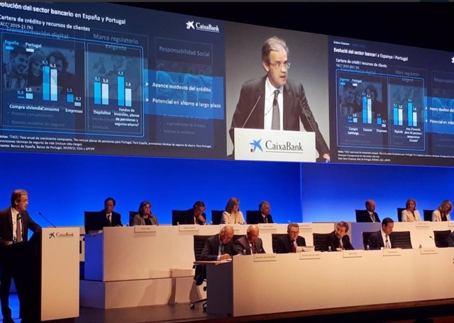 Gual defiende que CaixaBank saldrá reforzada con las medidas que está tomando a