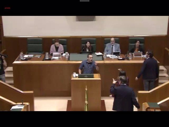 El SUP anuncia una querella contra el diputado de Bildu que comparó a policías c