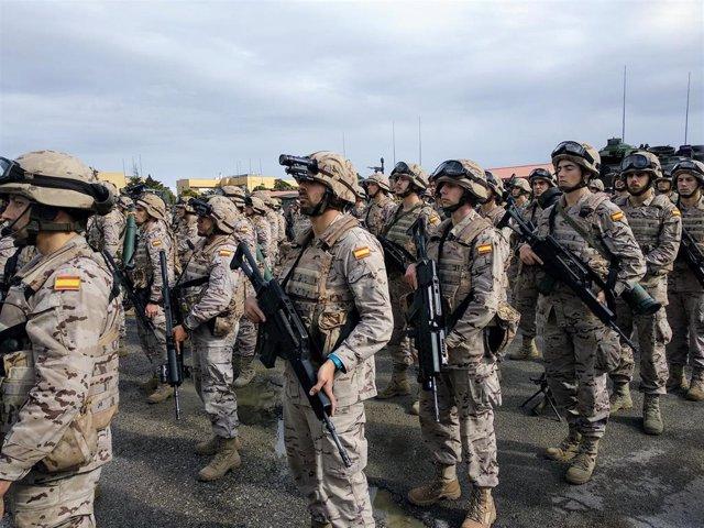 28A.- El PSOE se compromete a mejorar las retribuciones de los militares y equip