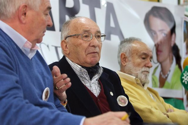 El abuelo de Marta del Castillo, José Antonio Casanueva, en rueda de prensa